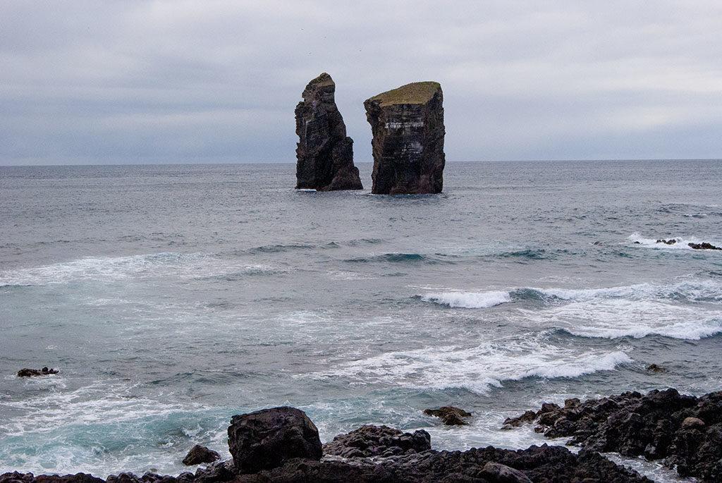 Mosteiros na Azorach