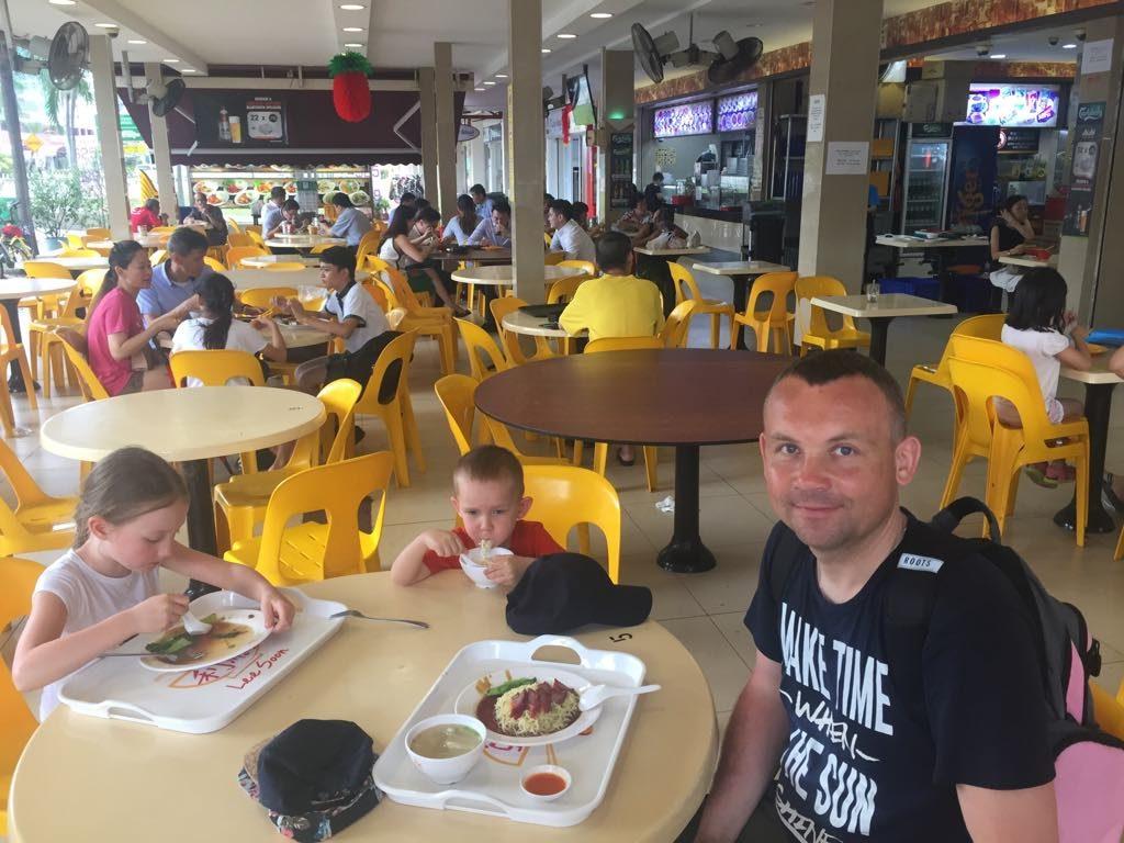 azjatyckie jedzenie marine parade food court