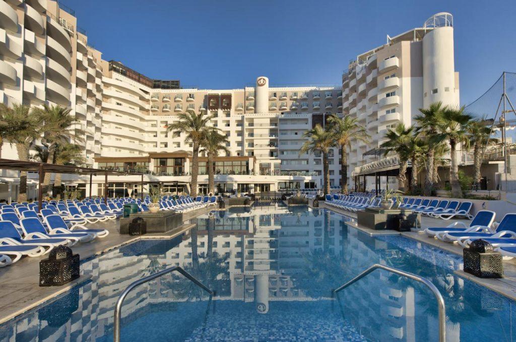 Malta w październiku oferta db san antonio hotel