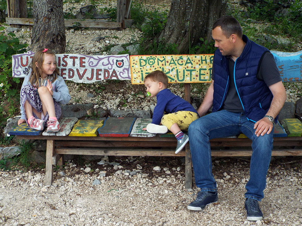 Chorwacja wakacje samochodem Kuterevo Sanktuarium Niedźwiedzi