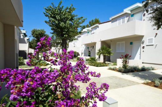Zaton-Holiday-Resort-dom