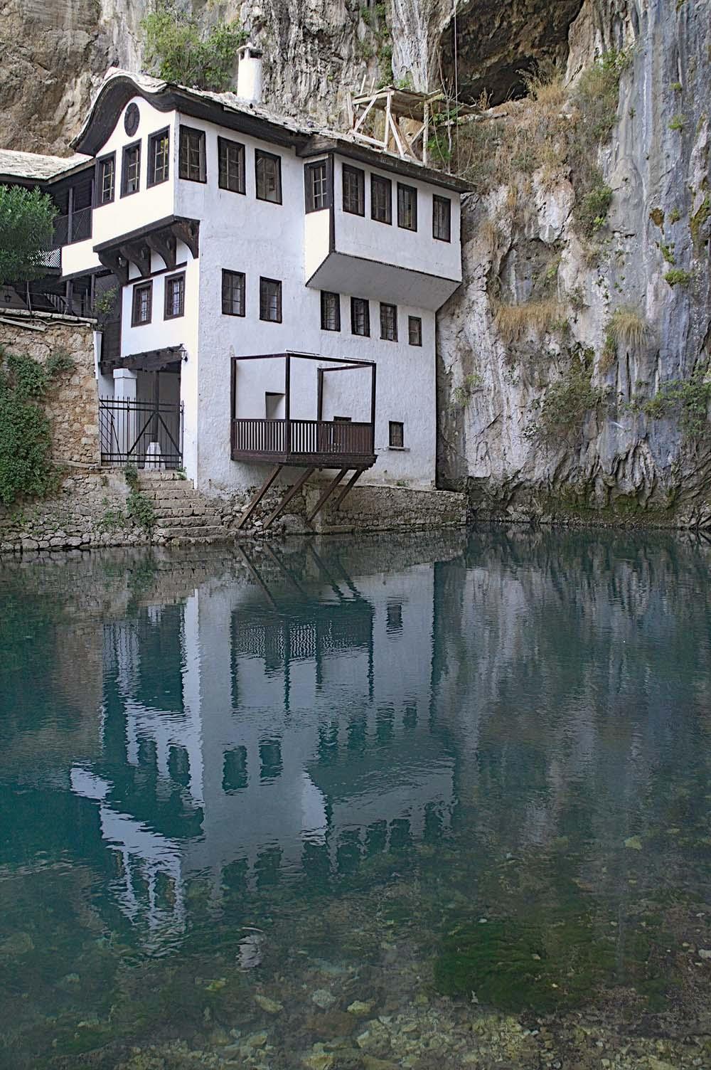 klasztor-derwiszow-bosnia-widok