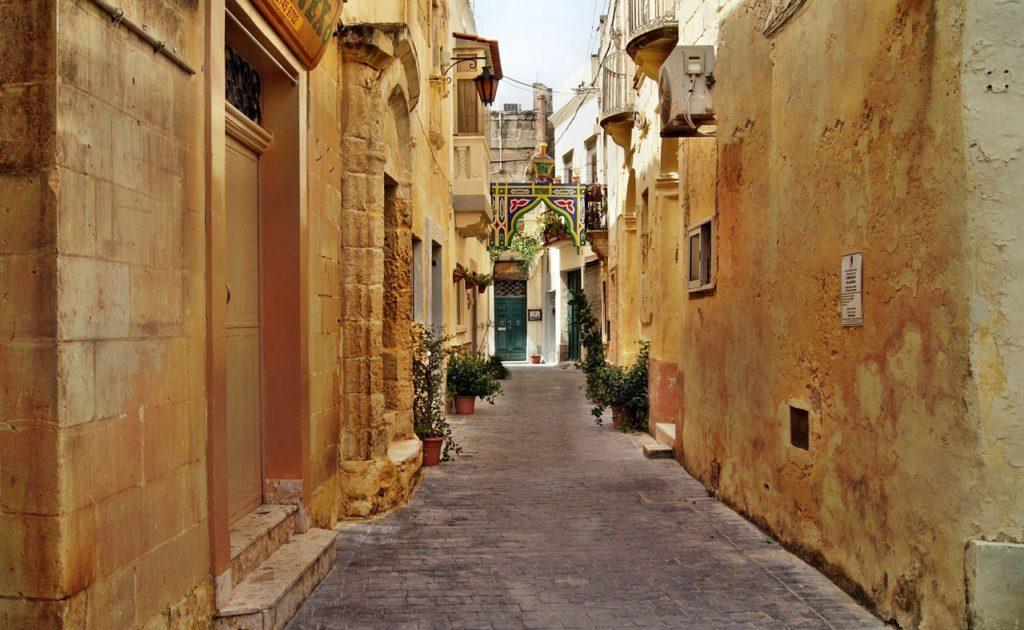 Pomysł na ferie, zima, Malta, słońce
