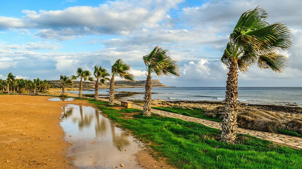 cypr idealne miejsce na wakacje aya napa